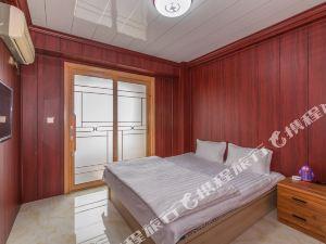 丹东东港高铁景区临近海鲜市场可做饭空调大床普通公寓
