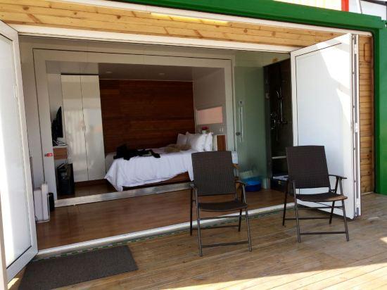 龙海白塘湾箱子客度假酒店