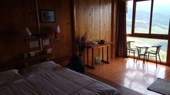背景墙 房间 家居 酒店 设计 卧室 卧室装修 现代 装修 550_309