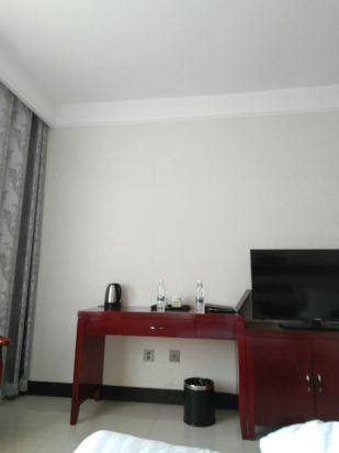 天津老电车商务酒店
