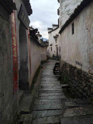 壁纸 风景 古镇 建筑 街道 旅游 摄影 小巷 309_412 竖版 竖屏 手机