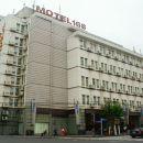 莫泰168(上海陆家嘴商城路店)
