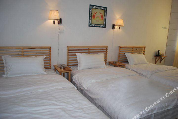 背景墙 房间 家居 酒店 设计 卧室 卧室装修 现代 装修 720_482