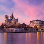 巴黎貴賓遊艇酒店