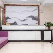 化州白雲公寓