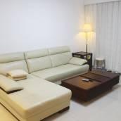 吸鐵石短租公寓(上海龍陽路店)