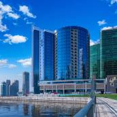 迪拜海濱麗笙藍標酒店
