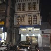 Al Alif Service Apartmets