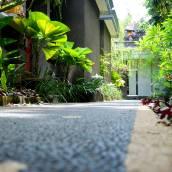 德婆羅多巴厘島別墅酒店