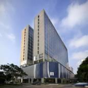 新加坡威大酒店 - 勞明達