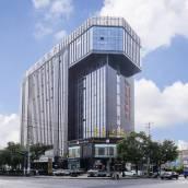 維也納酒店(上海虹橋機場九亭店)